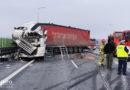 Na S5 zderzyły się dwie ciężarówki oraz dwie osobówki! To cud, że nic poważnego się nie stało!