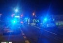 Zderzenie samochodu ciężarowego z BMW! Dwie osoby były uwięzione w pojeździe!