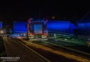 Kierowca BMW wymusił pierwszeństwo! Ciężarówka uderzyła w osobówkę i budynek gospodarczy!